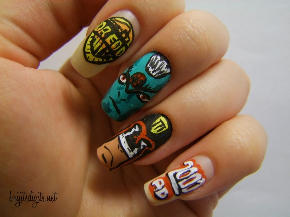 Comic Book Nail Art - 2000AD - Judge Dredd - Tharg-005