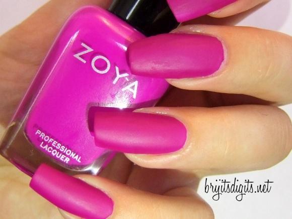Zoya - Charisma-001