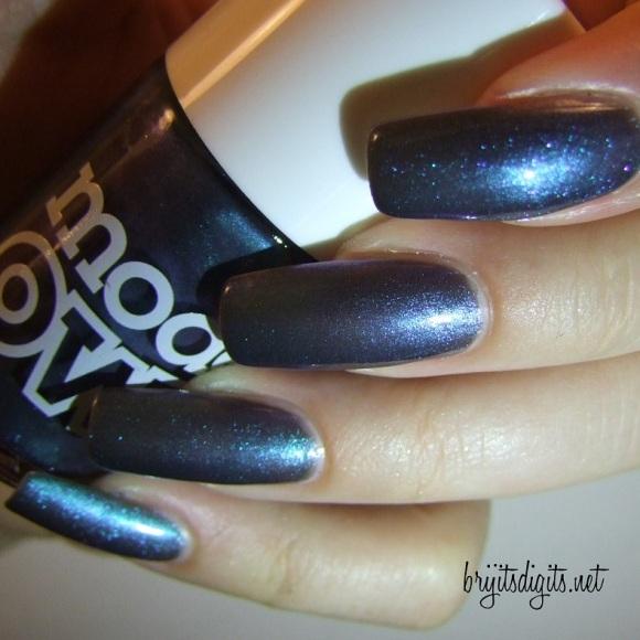 Models Own - Aqua Violet-002