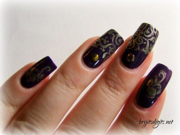 A England - Elaine - Gold Stamping Nail Art-002