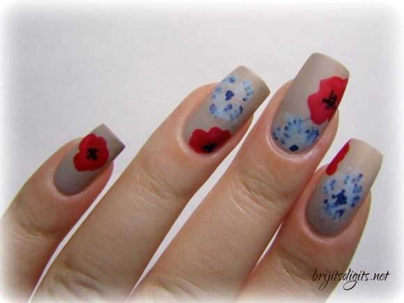 Armistice Day Nail Art Poppies Bleuet de France-002