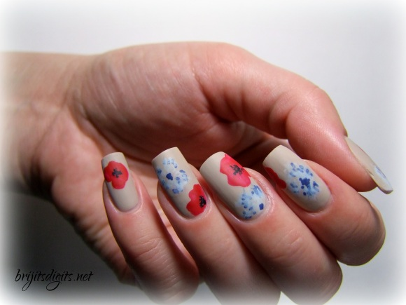 Armistice Day Nail Art Poppies Bleuet de France-004