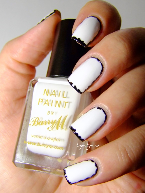 black and white border nails ezquerra inspired-001