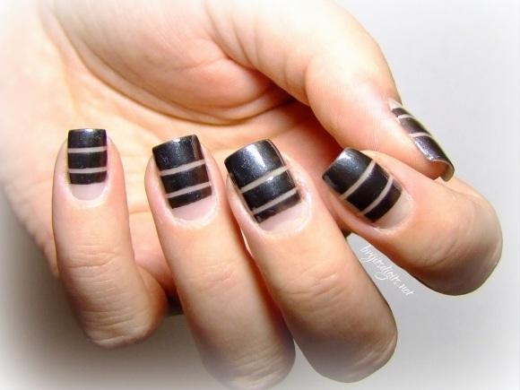 Butter London Chimney Sweep GOT Polish Striping nail art-001