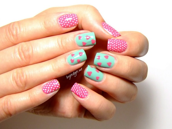 Bourjois - Bleu Modele & Rose Imaginaire - Valentines Day Nail Art-002