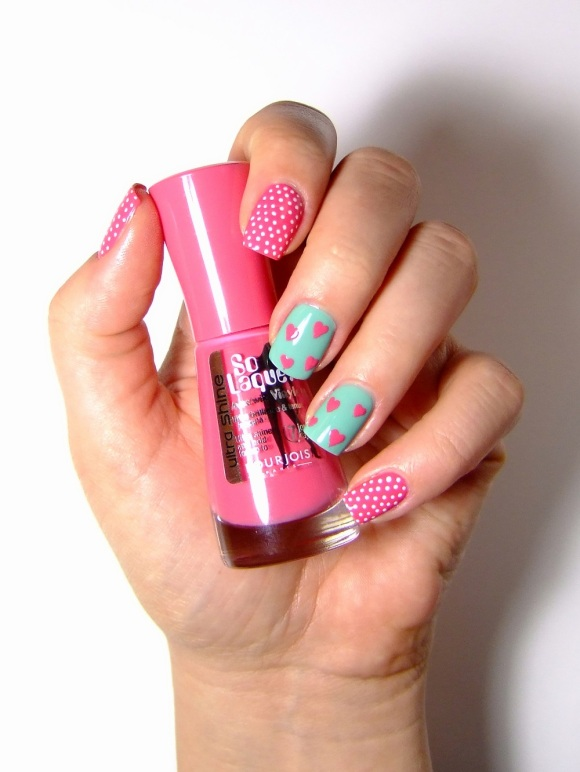 Bourjois - Bleu Modele & Rose Imaginaire - Valentines Day Nail Art