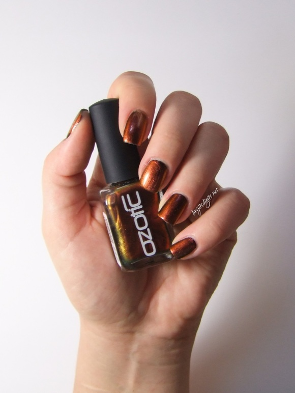 Ozotic 502 Nail Polish Swatch -003