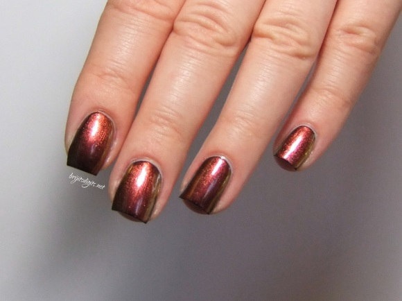 Ozotic 502 Nail Polish Swatch -007