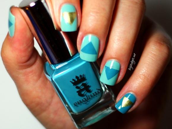 #Naillinkup Aqua Nail Art A England Galahad